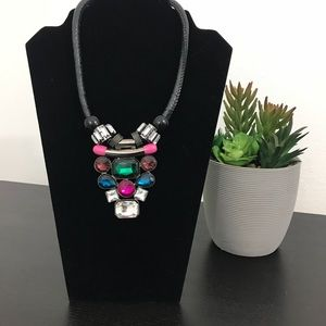 Multicolor fashion bib w/ rhinestones necklace